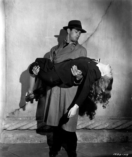 Alan Ladd and Veronica Lake in Frank Tuttle's This Gun For Hire (1942)