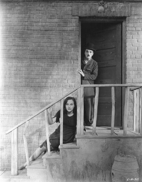 Charlie Chaplin and Paulette Goddard in Modern Times (1936)