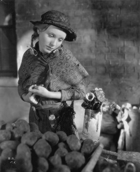 Dolly Haas in John Brahm's Broken Blossoms (1936)