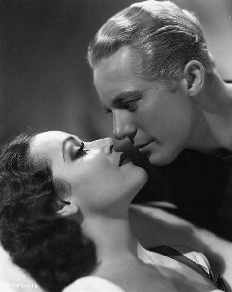 Dolores del Rio and Gene Raymond in Flying Down to Rio (1933)