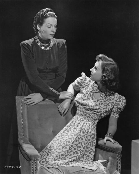 Gale Sondergaard and Paulette Goddard