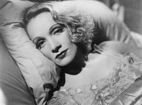 Marlene Dietrich in Angel (1937)