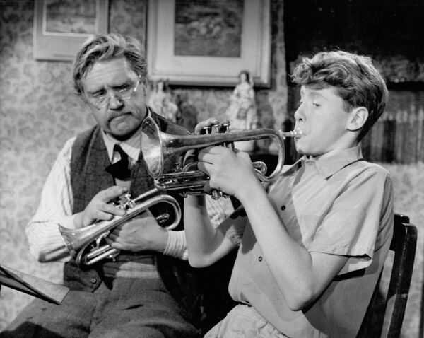 Peter Butterworth and Michael Crawford in Cecil Musk's Blow Your Own Trumpet (1958)