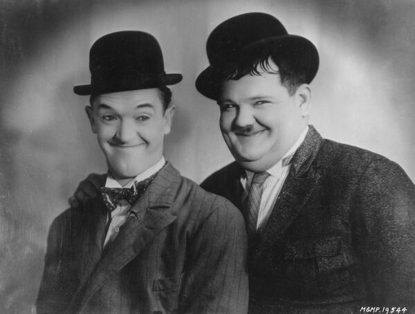 Stan Laurel and Oliver Hardy in Beau Hunks (1931)