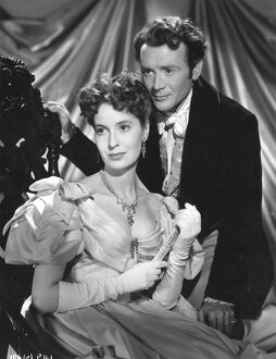 Valerie Hobson and John MIlls in David Lean's Great Expectations (1946)