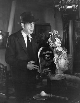 Humphrey Bogart in Howard Hawks' The Big Sleep (1946)