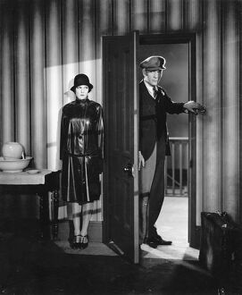 Elissa Landi and Cyril McLagen in Anthony Asquith's Underground (1928)