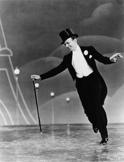Fred Astaire in Mark Sandrich's Top Hat (1935)