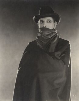 Ivor Novello in Maurice Elvey's The Lodger (1932)